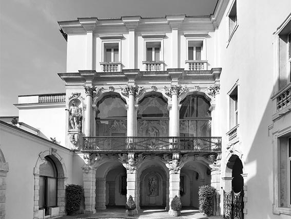 http://www.glistatidellamente.com/edizione2016/wp-content/uploads/2016/09/Palazzobn.jpg